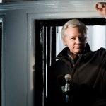 Julian Assange, l'encombrant M. Wikileaks
