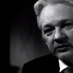Hillary Clinton «dévorée vivante par ses ambitions» : Julian Assange s'exprime en exclusivité sur RT
