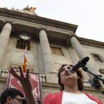 La mairie de Barcelone tend les bras aux lanceurs d'alerte