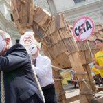L'accord contesté de libre-échange UE-Canada arrive au Parlement européen